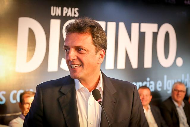"""""""La Argentina tiene tres batallas: contra la corrupción, la inseguridad y la pobreza"""""""