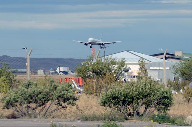 El T01 aterriza en Río Gallegos - Foto: OPI Santa Cruz/Francisco Muñoz