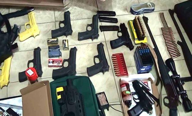 Armas secuestradas a petroleros