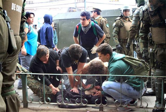 En Chile vuelven las protestas estudiantiles; hay dos muertos