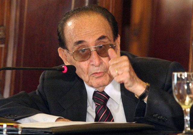 El Gobierno redobló la presión sobre Fayt, pero el juez dice que no renunciará