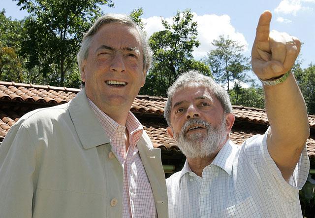 Revelan que Lula y Kirchner negociaron a favor de una empresa