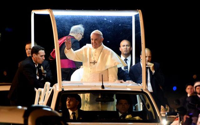 El Papa se refirió a la polémica por el crucifijo que le regaló Evo Morales