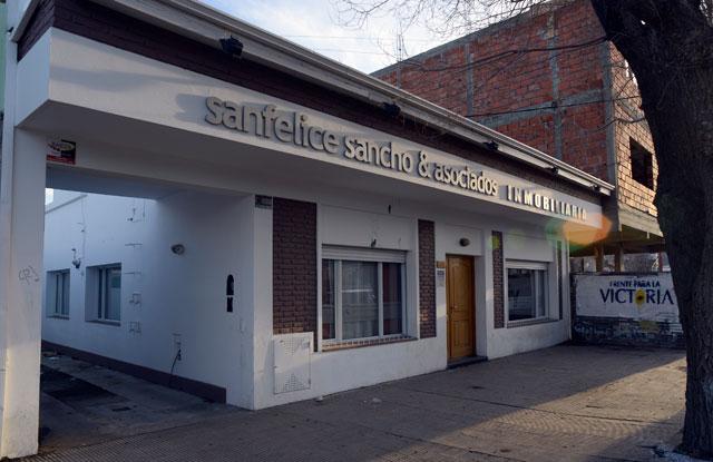 Bolsos con plata y una mudanza urgente de Carlos Sancho de dinero y papeles comprometedores