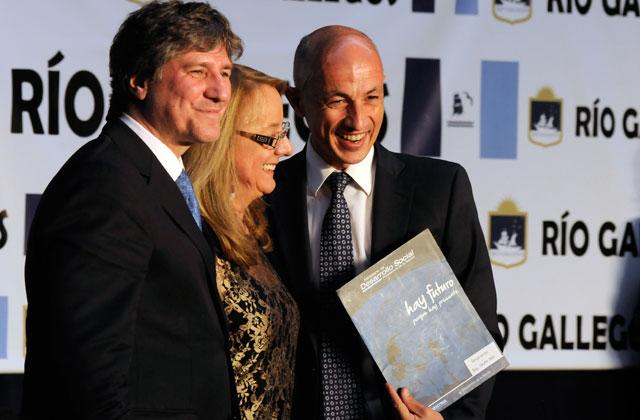La Fundación Pensar Santa Cruz tiene de Presidente al Personal Trainer de Cotillo y de Director, al ñoqui santafecino Gabriel Gasparutti
