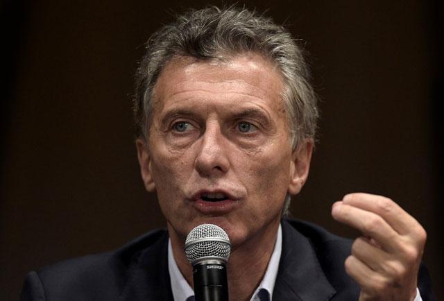 Macri armará un gabinete económico de seis ministros