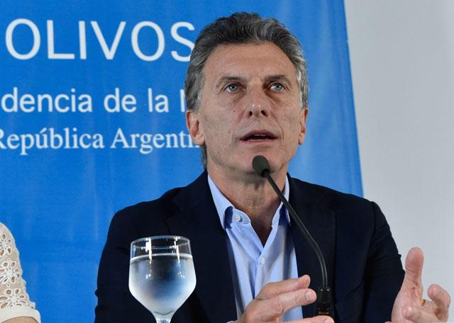 Pacto social: guiño de Macri a empresarios y sindicalistas