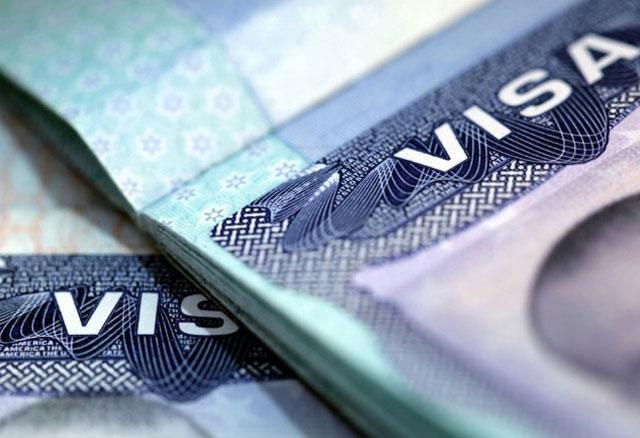 Argentina negocia por las visas de Estados Unidos y avanza en reformas en Migraciones