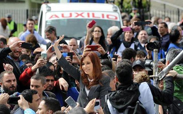 Dólar futuro: Cristina no contestó preguntas y sólo entregó un escrito político