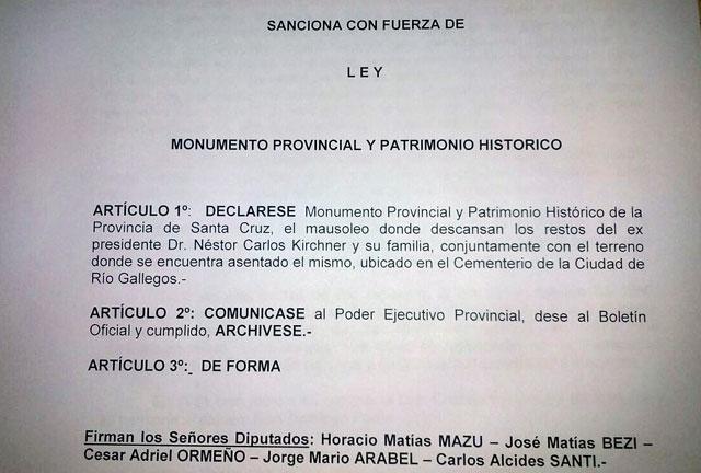 Quieren declarar patrimonio Histórico provincial al Mausoleo de Néstor Kirchner