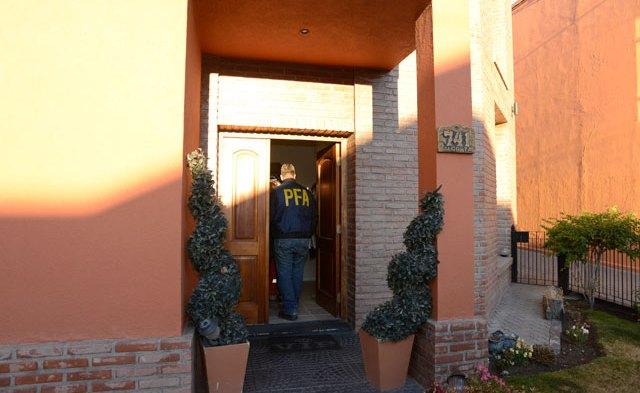 Encuentros, reuniones y seguimientos de los hijos de Báez en Río Gallegos
