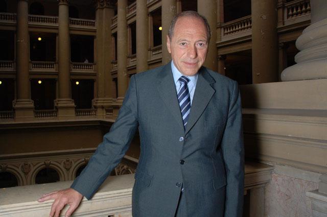 Le suspendieron la matrícula a Raúl Zaffaroni