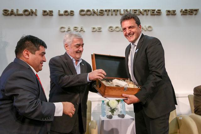 Con el eje en las PyMEs, Massa y Das Neves juntos en Chubut
