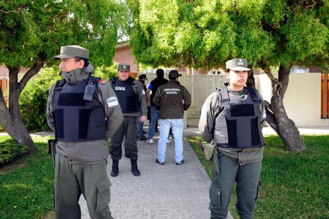 Comisión judicial de tasación ingresó al domicilio de Cristina Fernández en Río Gallegos - Foto: OPI Santa Cruz/Francisco Muñoz