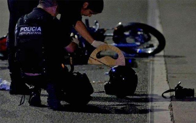 Balean en la cabeza a un policía federal: el proyectil le perforó el casco y está muy grave