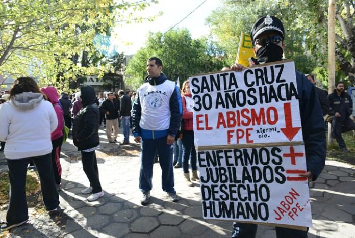 Semana Santa en Santa Cruz: ¡La casa no está en orden!