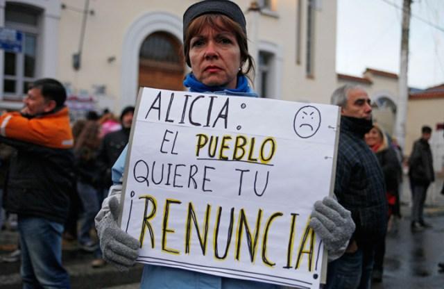 Más de 8 mil personas repudiaron al gobierno en las calles de esta capital