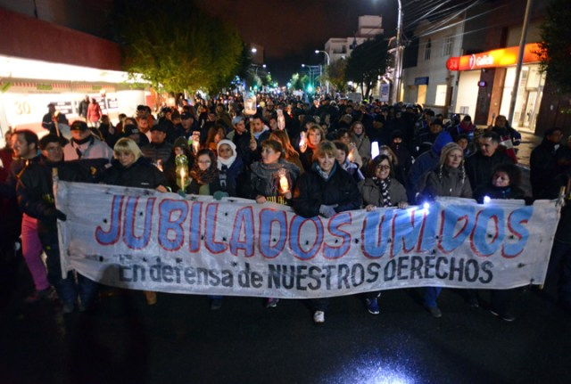 Marcha de antorchas en Río Gallegos esta noche – Foto: OPI Santa Cruz/Francisco Muñoz