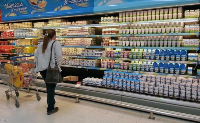 Los lácteos lideran la suba de precios y el consumo cayó al nivel más bajo desde 2003