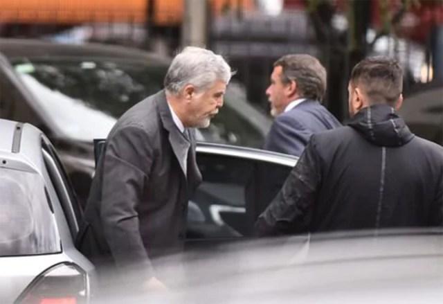 Julio De Vido pidió su sobreseimiento en la causa del gasoil y apuntó contra Mauricio Macri