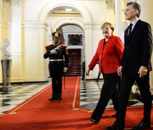 Merkel le dio un fuerte apoyo a Macri y lo sumó a su agenda global