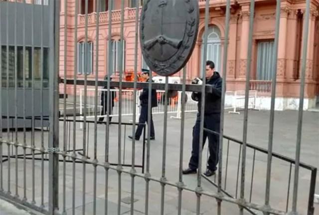 Un llamativo choque en Casa Rosada activó todas las alarmas de seguridad