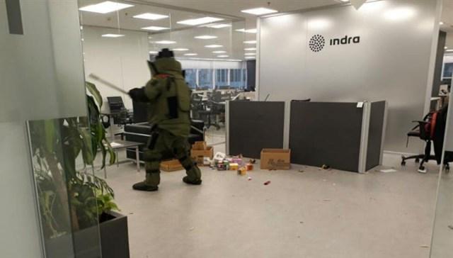 Un explosivo detonó en la empresa que está a cargo del escrutinio
