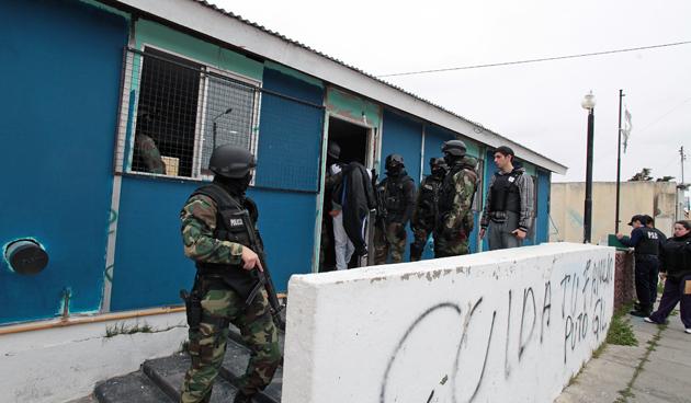 El allanamiento en el gremio ATE en la calle Mendoza de esta capital - Foto: OPI Santa Cruz