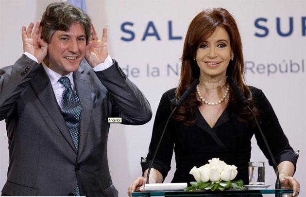 La Presidenta Cristina Fernández de Kirchner ayer con su compañero de formula Amado Boudou - Foto: Fernando Massobrio La Nación