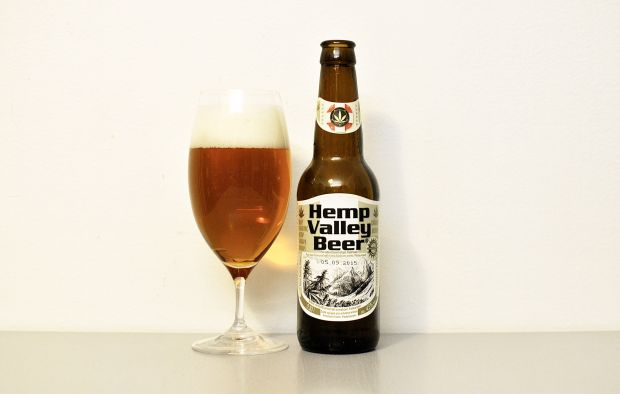 Nová Páka Hemp Valley Beer