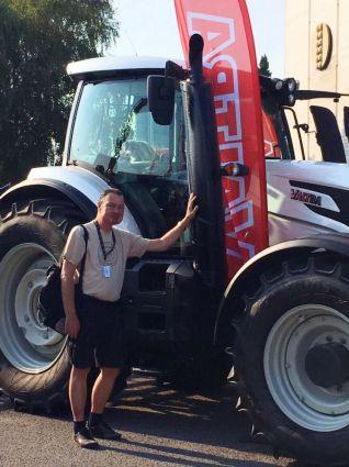 Agrokomplex, Imro, traktor