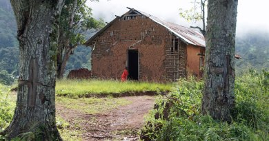 Die evangelische Kirche in Yamba in Tansania in den Usambarabergen