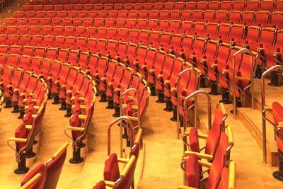 Noch sind die Reihen in der Philharmonie leer