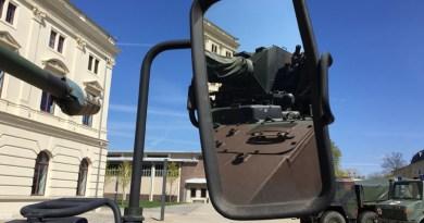 Panzer am Museum