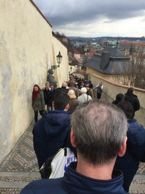 Abstieg vom Schloss