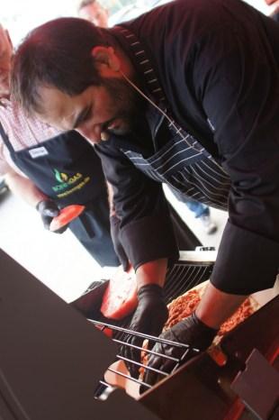 Der Meister grillt