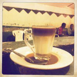 Äthiopischer Drei-Schicht-Café