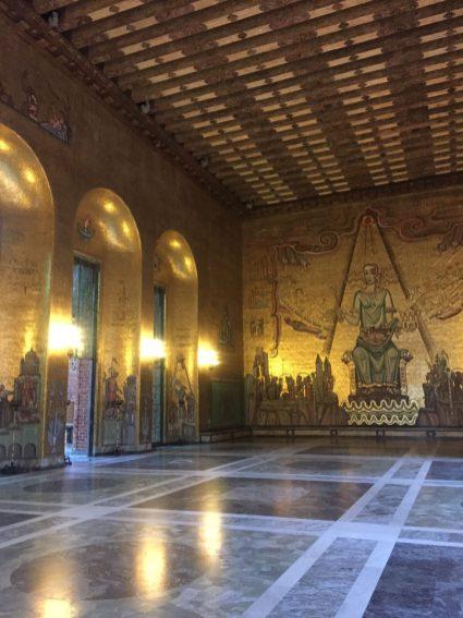 Im Rathaus