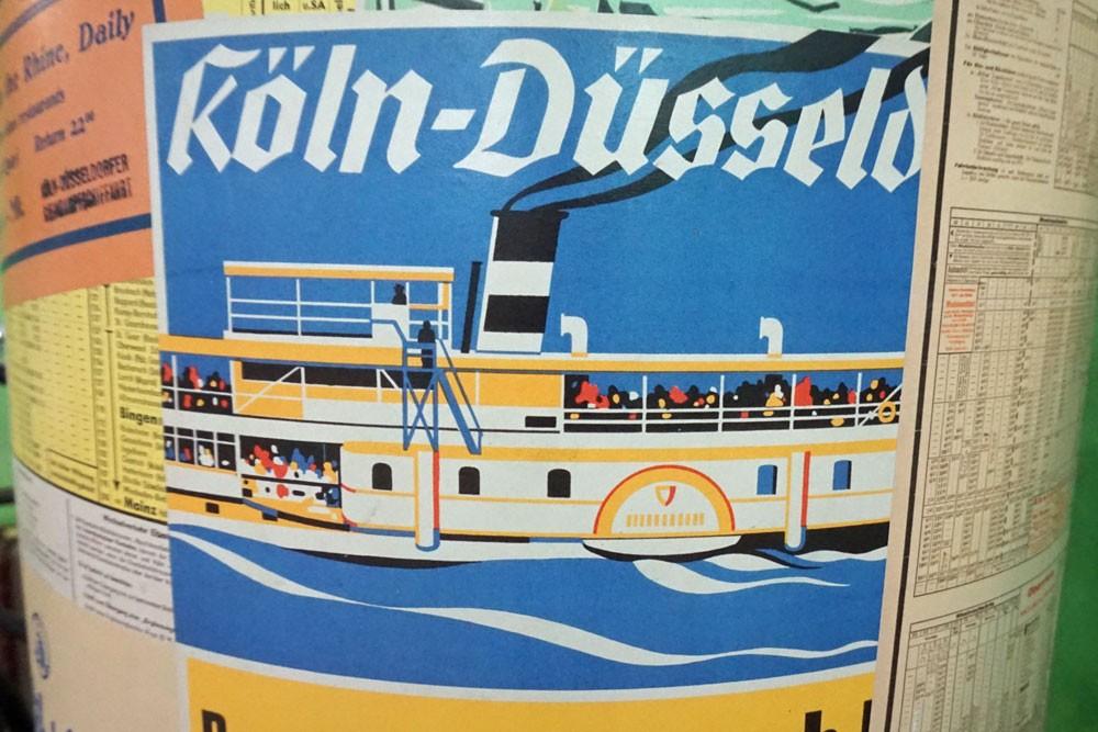 Werbung für Rheinfahrten