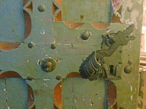 Tür der Abteikirche in der Abtei Brauweiler