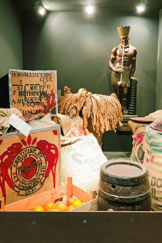 Handel im Hafen - Exponate im Altonaer Museum