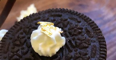 Blattgold auf einem Keks