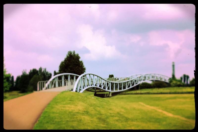 Von der Rheinpromenade in den Neuland-Park