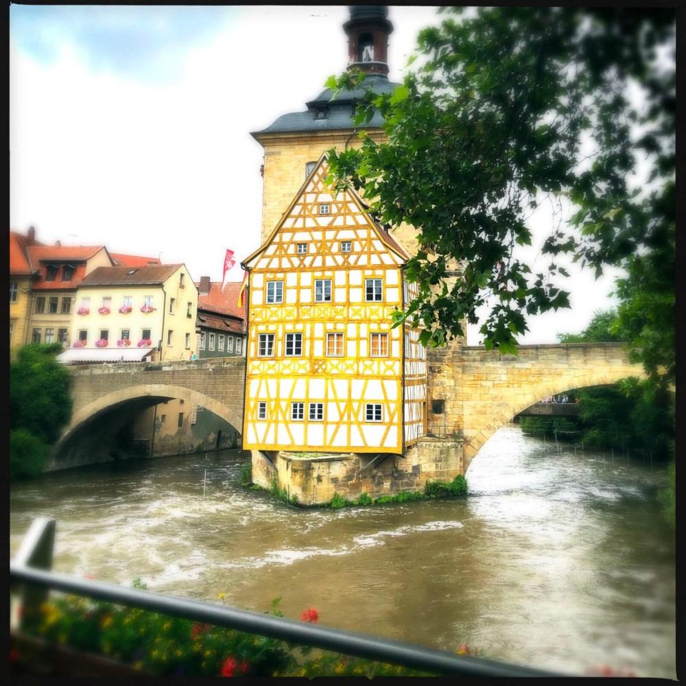 Viel Wasser fließt durch Bamberg