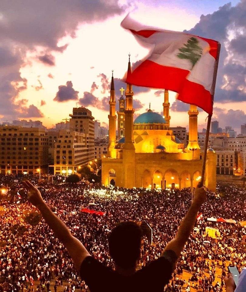 محمد أبي سمرا : لبنان في مخاض الخروج على أمير الحرب؟