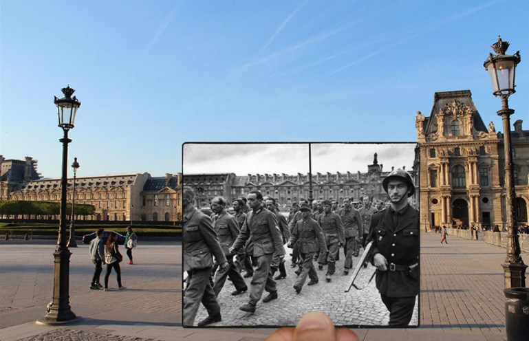 Soldiers outside the Louvre.