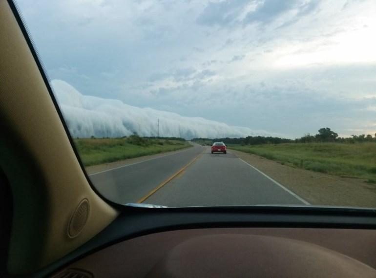 This cloud looks like a massive glacier on the horizon.