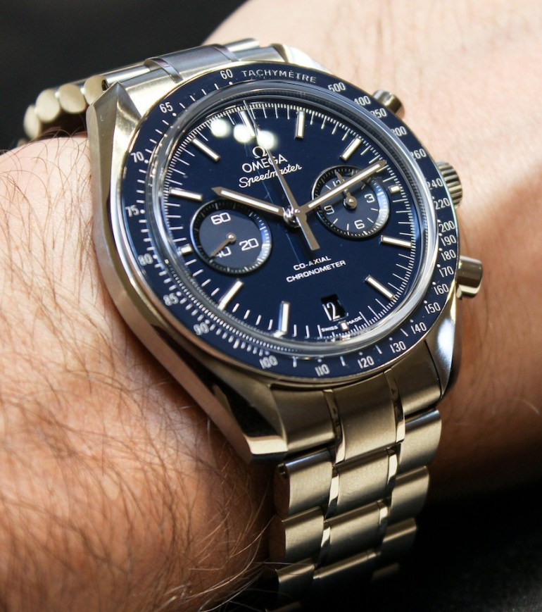 Omega-Speedmaster-Moonwatch-Coaxial-titanium-blue-4