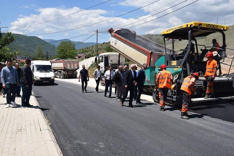 Vonesat e pakuptimta të ndërtimit të rrugës Zhur-Sharr-Brod po marrin fund