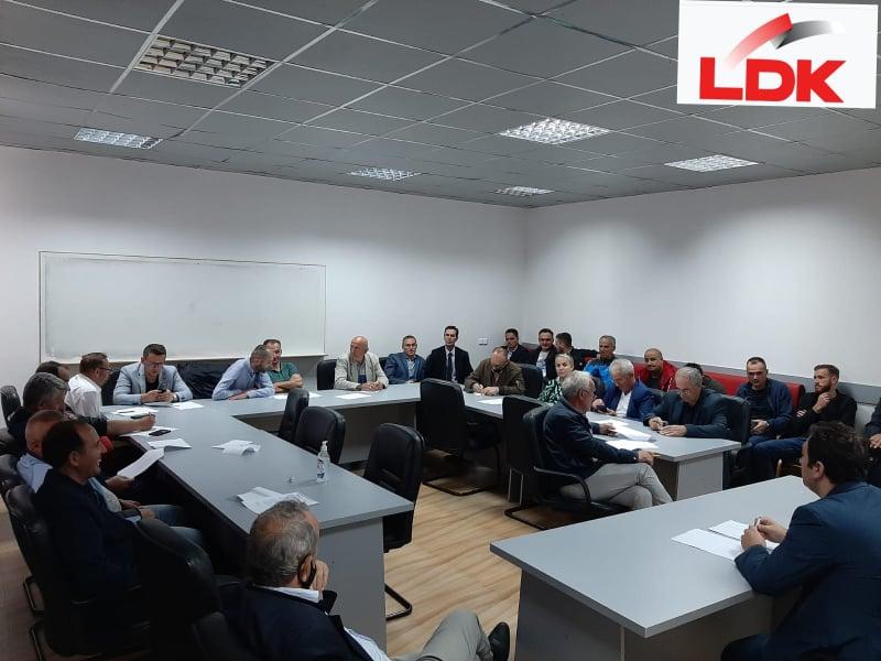 Dega e LDK-së në Dragash sot ka mbajtur takimin e saj të radhës me kryesin